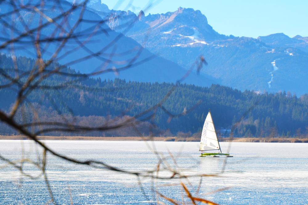 Eissegeln am Pressegger See